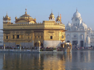 Golden _Temple_at_Amritsar